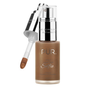 4-in-1 Love Your Selfie™ Longwear Foundation & Concealer in DN7